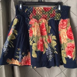 New Listing 💗🌈 Abercrombie L Floral Skirt